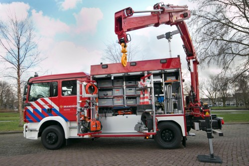 Hulpverleningsvoertuig-brandweer-ZHZ